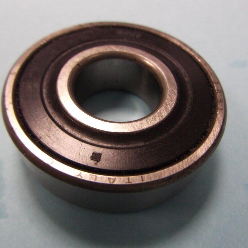 SKF RL55 - 2RS1 Roller Bearing