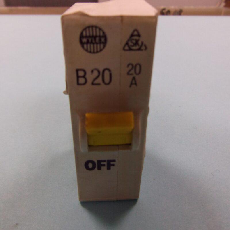 Wylex B20 20 amp MCB Plug In
