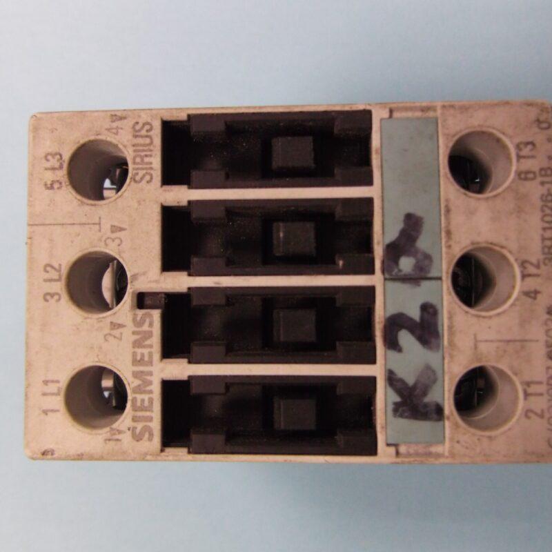Siemens 3RT1026 - 1BB40 3 Pole Contactor