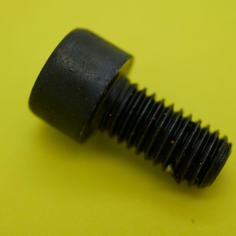 Cap Head Bolts (8mm x 16mm)