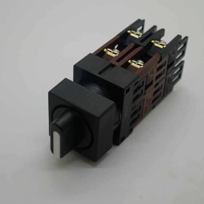Selector Switch 3 Position - AH22 PC3182 - Black Collar